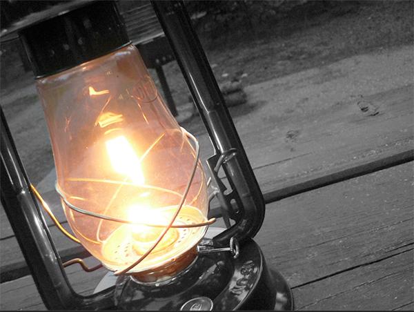 selective-color-image-lantern