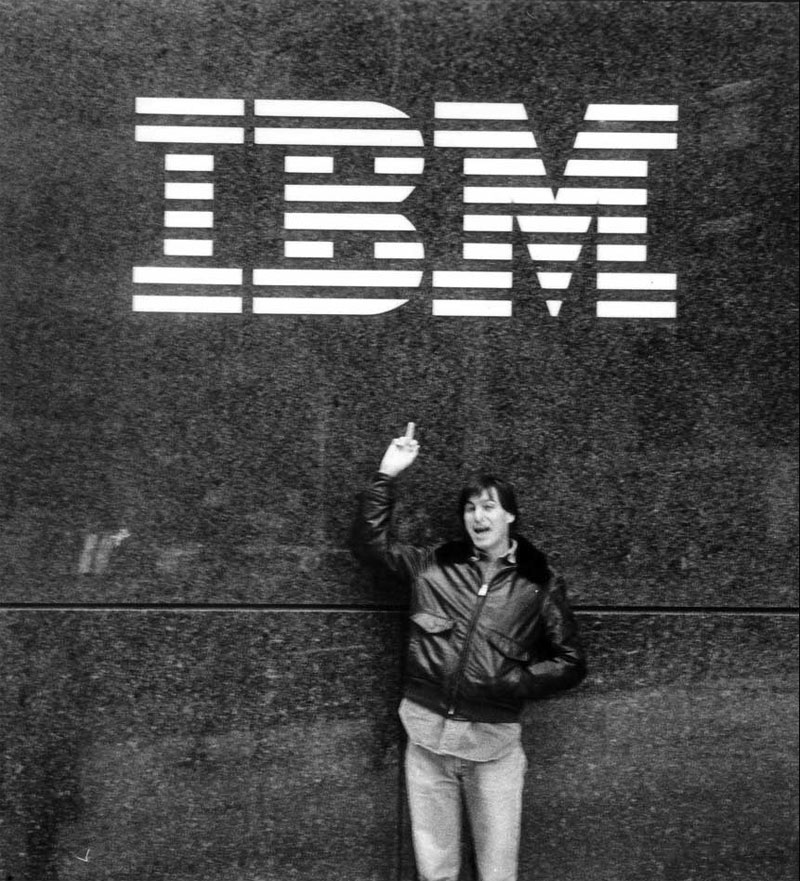 steve jobs flipping off ibm