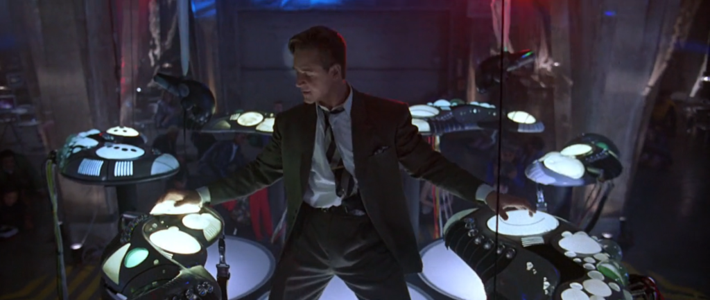 Crowe in Virtuosity