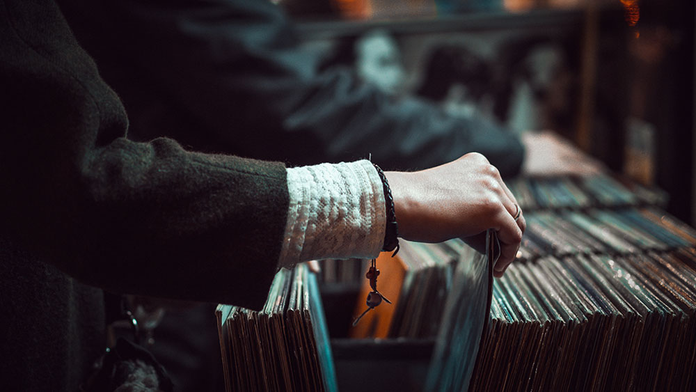 A customer buying records